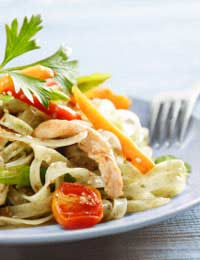 Chinese Hot Noodle Salad With Vegetables